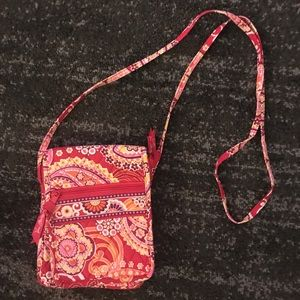 Vera Bradley medium sz cross body bag